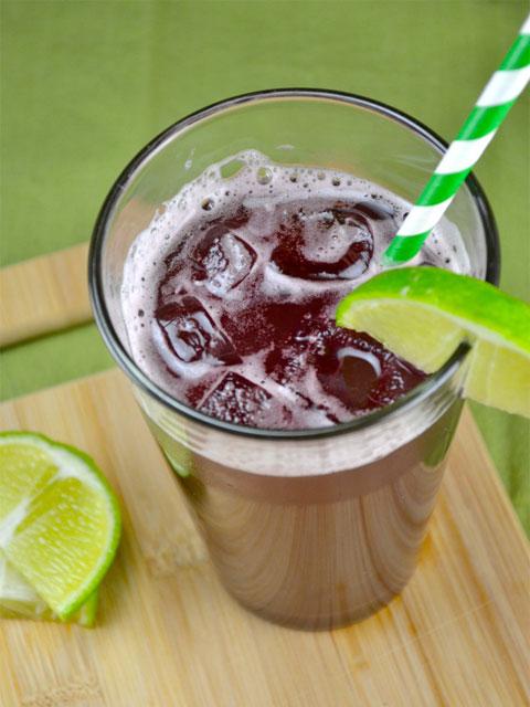 Homemade-Sparkling-Grape-Soda