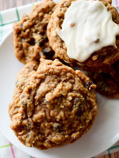 soft-and-chewy-oatmeal-raisin-cookies-480